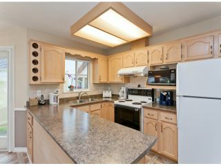 """Photo 16: 28 21138 88TH Avenue in Langley: Walnut Grove Townhouse for sale in """"SPENCER GREEN"""" : MLS®# F1318729"""