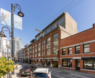 """Photo 40: 401 1072 HAMILTON Street in Vancouver: Yaletown Condo for sale in """"The Crandrall"""" (Vancouver West)  : MLS®# R2620695"""