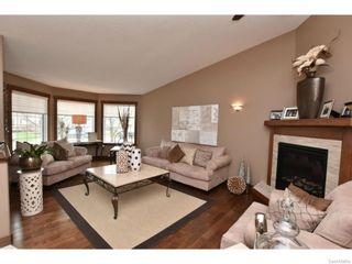 Photo 3: 8092 STRUTHERS Crescent in Regina: Westhill Single Family Dwelling for sale (Regina Area 02)  : MLS®# 607013