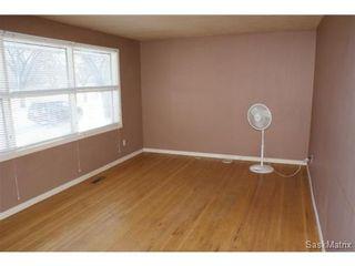 Photo 5: 1008 WALKER Street in Regina: Rosemont Single Family Dwelling for sale (Regina Area 02)  : MLS®# 523318