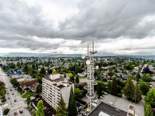 """Photo 26: 2003 612 SIXTH Street in New Westminster: Uptown NW Condo for sale in """"WOODWARD"""" : MLS®# R2472941"""