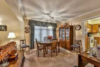 "Photo 4: 15325 94TH Avenue in Surrey: Fleetwood Tynehead House for sale in ""BERKSHIRE PARK"" : MLS®# R2042163"
