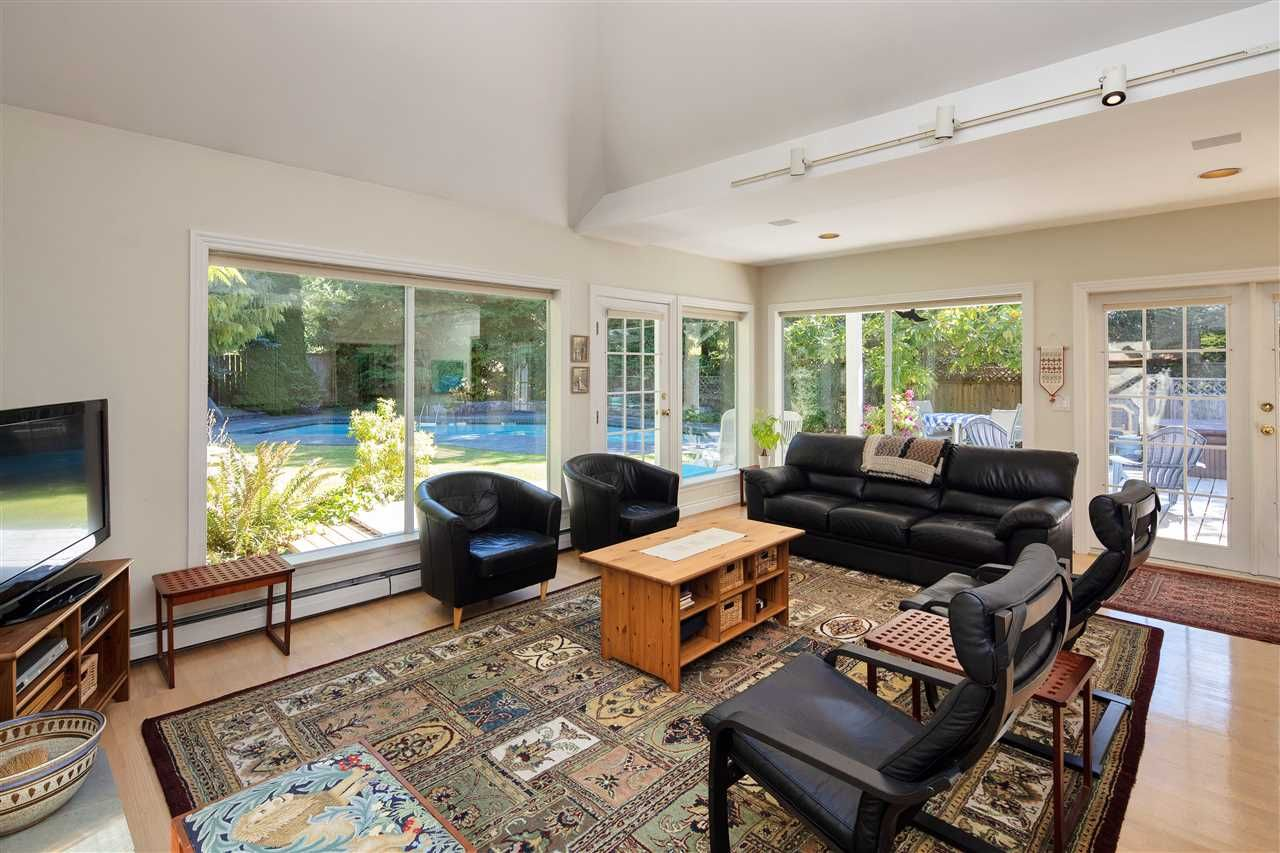 Photo 15: Photos: 1988 ACADIA Road in Vancouver: University VW House for sale (Vancouver West)  : MLS®# R2536524