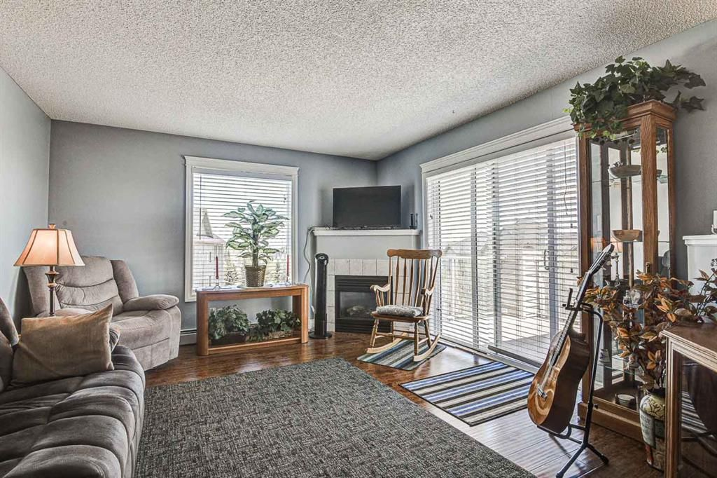 Photo 5: Photos: 414 6000 Somervale Court SW in Calgary: Somerset Apartment for sale : MLS®# A1126946