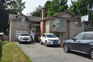 Photo 1: 10661 138A Street in Surrey: Whalley House for sale (North Surrey)  : MLS®# R2485965