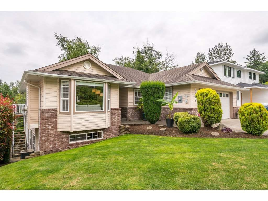Main Photo: 36038 MARSHALL Road in Abbotsford: Abbotsford East House for sale : MLS®# R2385508