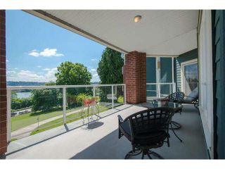 "Photo 9: 301 14 E ROYAL Avenue in New Westminster: Fraserview NW Condo for sale in ""VICTORIA HILL"" : MLS®# V1106589"