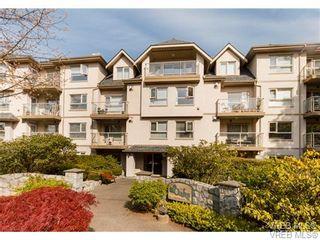 Photo 1: 410 1715 richmond Ave in VICTORIA: Vi Jubilee Condo for sale (Victoria)  : MLS®# 703475