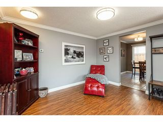 """Photo 6: 19659 36 Avenue in Langley: Brookswood Langley House for sale in """"Brookswood"""" : MLS®# R2496777"""