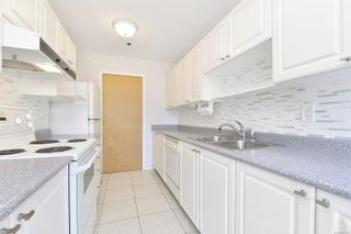 Photo 5: 207 3009 Brittany Dr in : Co Triangle Condo for sale (Colwood)  : MLS®# 877239