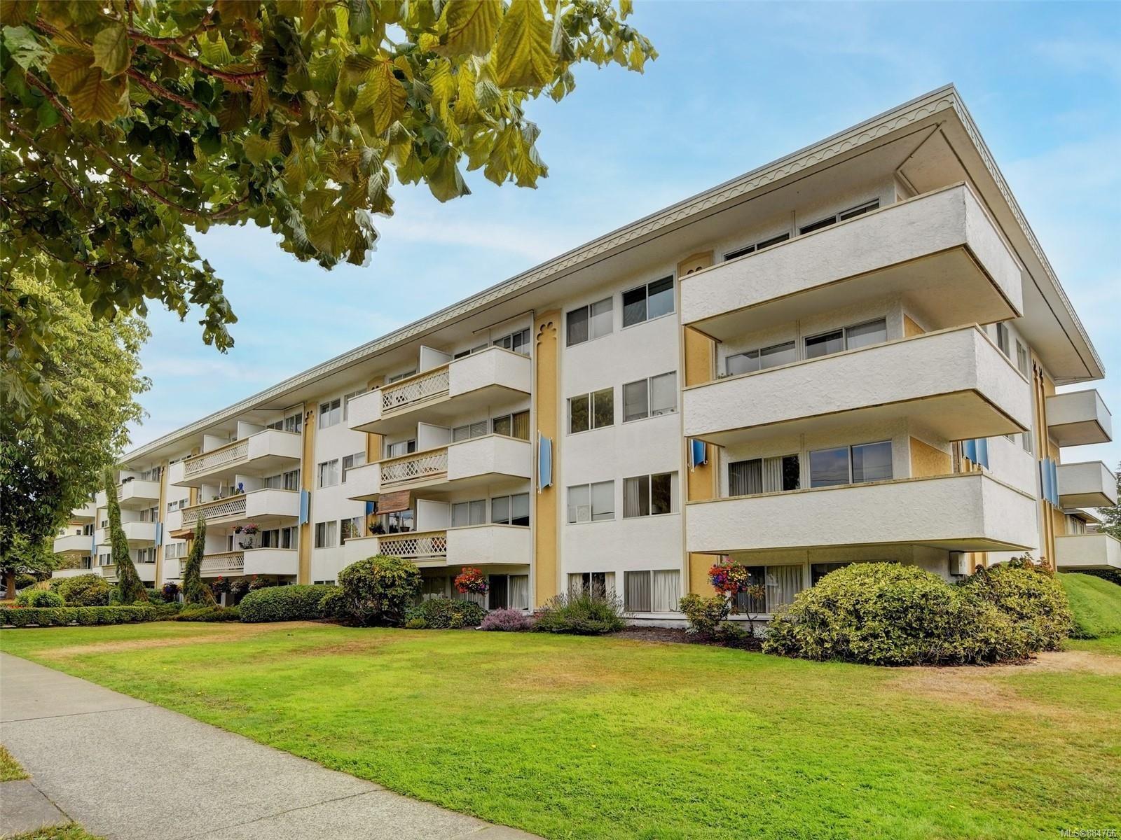 Main Photo: 410 777 Cook St in Victoria: Vi Downtown Condo for sale : MLS®# 884766