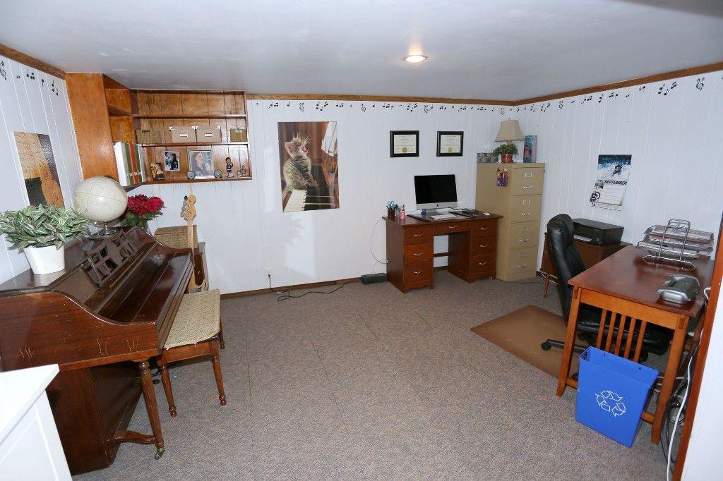 Photo 23: Photos: 105 Lipton Street in Winnipeg: Wolseley Single Family Detached for sale (West Winnipeg)  : MLS®# 1525388