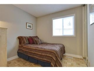 Photo 10: 19 DEER LANE Place SE in Calgary: Bungalow for sale : MLS®# C3596598