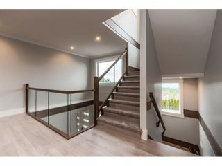 Photo 15: 33797 KNIGHT Avenue in Mission: Mission BC House for sale : MLS®# R2474050
