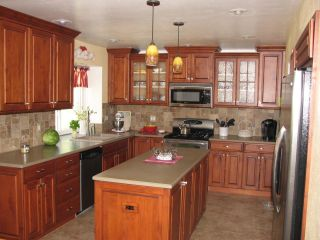 Photo 2: SANTEE House for sale : 4 bedrooms : 9738 Ramo Ct