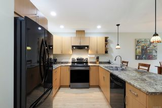 Photo 9: 3 3400 Coniston Cres in : CV Cumberland Row/Townhouse for sale (Comox Valley)  : MLS®# 881581