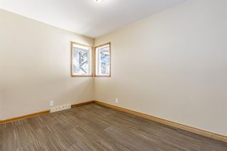 Photo 17: 5615 Thorndale Place NW in Calgary: Thorncliffe Detached for sale : MLS®# A1091089