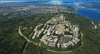 """Photo 2: 303 9025 HIGHLAND Court in Burnaby: Simon Fraser Univer. Condo for sale in """"Highland House"""" (Burnaby North)  : MLS®# R2609041"""