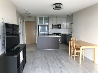 """Photo 3: 2605 2289 YUKON Crescent in Burnaby: Brentwood Park Condo for sale in """"Water colour"""" (Burnaby North)  : MLS®# R2511997"""
