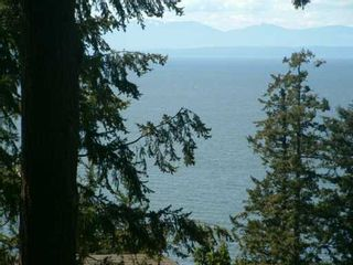 Photo 2: 1231 GOWER POINT RD in Gibsons: Gibsons & Area House for sale (Sunshine Coast)  : MLS®# V589373
