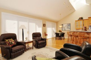 Photo 32: 2305 139A Street in Chantrell Park: Home for sale : MLS®# f1317444