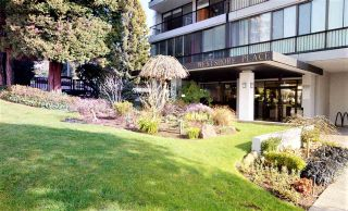"Photo 8: 1703 650 16TH Street in West Vancouver: Ambleside Condo for sale in ""Westshore Place"" : MLS®# R2543449"