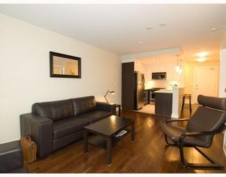 Photo 4: 406-160 West 3rd Street in North Vancouver: Lower Lonsdale Condo for sale : MLS®# V790001