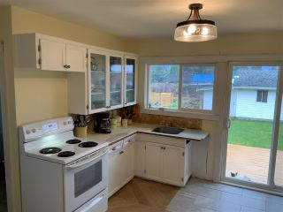 Photo 3: 45572 HERRON Avenue in Chilliwack: Chilliwack N Yale-Well House for sale : MLS®# R2411384