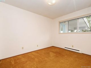 Photo 11: 7960 SEE SEA Pl in SAANICHTON: CS Saanichton House for sale (Central Saanich)  : MLS®# 814976