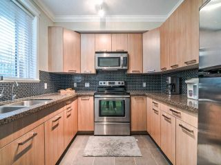 """Photo 5: 102 3788 NORFOLK Street in Burnaby: Central BN Townhouse for sale in """"Panacasa"""" (Burnaby North)  : MLS®# R2403565"""