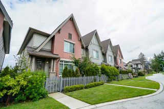 Photo 1: 16459 24 AVENUE in Surrey: Grandview Surrey Condo for sale (South Surrey White Rock)  : MLS®# R2470525