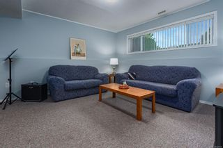 Photo 14: 689 Murrelet Dr in : CV Comox (Town of) House for sale (Comox Valley)  : MLS®# 884096