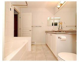 Photo 5: 6781 VILLAGE GR in Burnaby: Condo for sale : MLS®# V825832