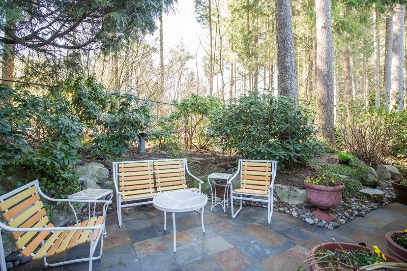 """Photo 14: Photos: 83 2533 152 Street in Surrey: Sunnyside Park Surrey Townhouse for sale in """"Bishop's Green"""" (South Surrey White Rock)  : MLS®# R2354943"""