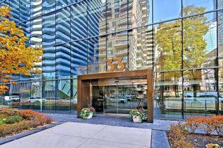 Photo 2: 2203 33 E Charles Street in Toronto: Church-Yonge Corridor Condo for lease (Toronto C08)  : MLS®# C4983052