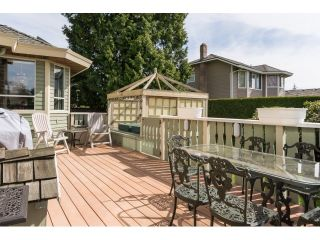 """Photo 2: 14986 20A Avenue in Surrey: Sunnyside Park Surrey House for sale in """"MERIDIAN BY THE SEA"""" (South Surrey White Rock)  : MLS®# R2055119"""
