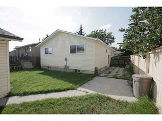 Photo 20: 235 RUNDLECAIRN Road NE in CALGARY: Rundle Residential Detached Single Family for sale (Calgary)  : MLS®# C3636515