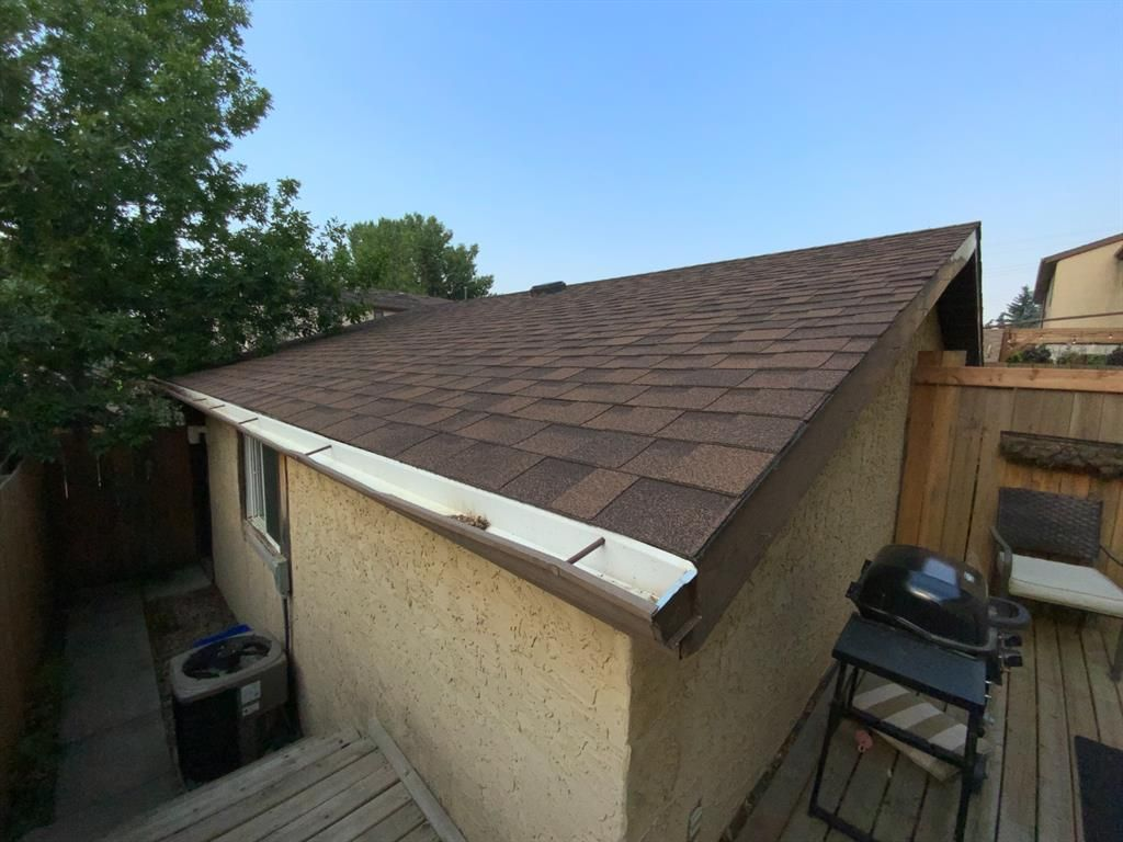 Photo 14: Photos: 290 Cornett Drive: Red Deer Row/Townhouse for sale : MLS®# A1132891