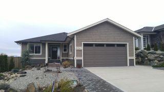 Photo 1: 6347 SAMRON Road in Sechelt: Sechelt District House for sale (Sunshine Coast)  : MLS®# R2426057