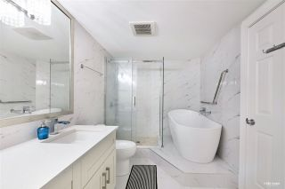 """Photo 14: 404 2189 W 42ND Avenue in Vancouver: Kerrisdale Condo for sale in """"Governor Point"""" (Vancouver West)  : MLS®# R2494656"""