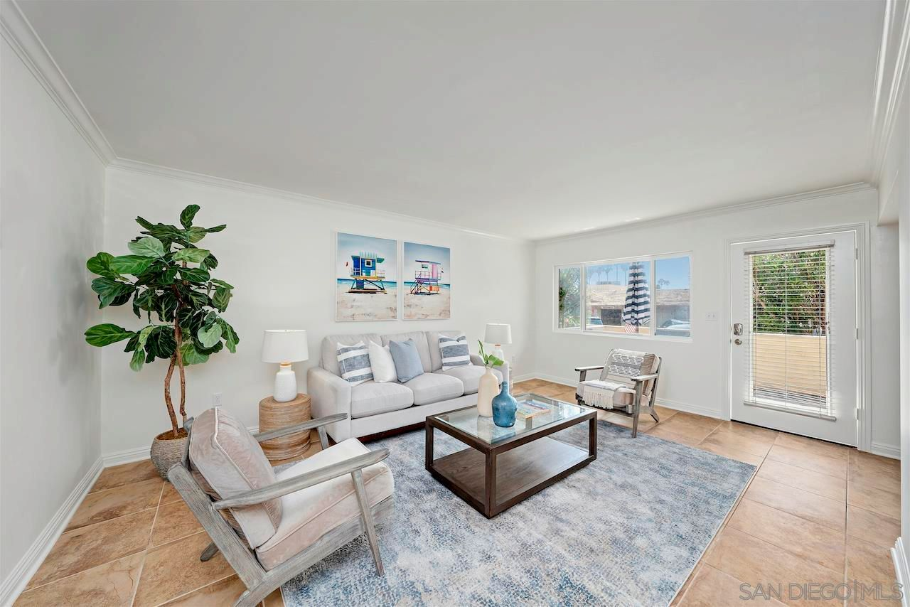 Main Photo: PACIFIC BEACH Condo for sale : 1 bedrooms : 827 Missouri St in San Diego