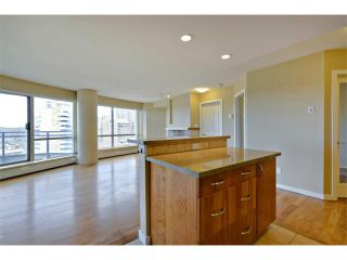 Photo 8: 1102 1088 6 Avenue SW in Calgary: Downtown West End Condo for sale : MLS®# C4004240