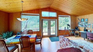 Photo 11: 4511 Bedwell Harbour Rd in : GI Pender Island House for sale (Gulf Islands)  : MLS®# 877804