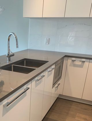 """Photo 4: 407 5687 GRAY Avenue in Vancouver: University VW Condo for sale in """"ETON"""" (Vancouver West)  : MLS®# R2507786"""