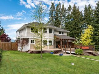 Photo 3: 1230 Glen Urquhart Dr in COURTENAY: CV Courtenay East House for sale (Comox Valley)  : MLS®# 781677