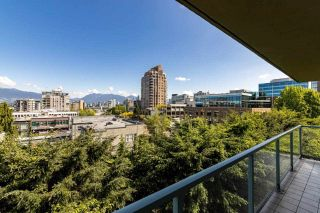 """Photo 4: 602 1633 W 10TH Avenue in Vancouver: Fairview VW Condo for sale in """"Hennessy House"""" (Vancouver West)  : MLS®# R2584131"""