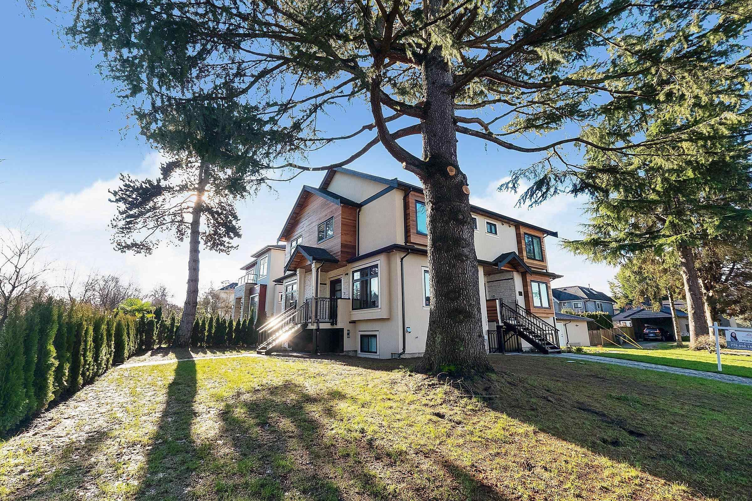 Main Photo: 4311 VALLEY Drive in Vancouver: Quilchena 1/2 Duplex for sale (Vancouver West)  : MLS®# R2623293