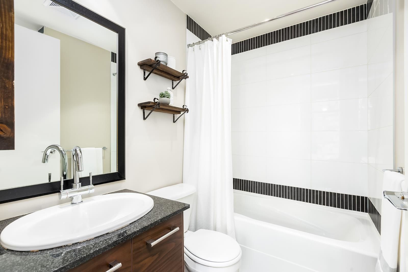 """Photo 22: Photos: 506 2345 MADISON Avenue in Burnaby: Brentwood Park Condo for sale in """"ONE MADISON AVENUE"""" (Burnaby North)  : MLS®# R2601656"""