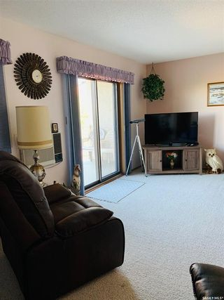 Photo 3: 305 1002 108th Street in North Battleford: Paciwin Residential for sale : MLS®# SK859427