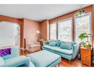 Photo 4: 42 MARTHA'S HAVEN Manor NE in Calgary: Martindale House for sale : MLS®# C4017988